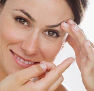 мягкие контактные линзы, мягкие линзы длительного ношения, самые мягкие линзы, как ухаживать за мягкими контактными линзами, как одеть мягкие контактные линзы,