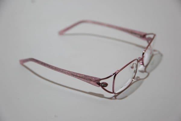 Правильный подбор очков для коррекции зрения: формы, оправы, проверка, отзывы