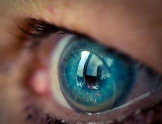 жесткие газопроницаемые контактные линзы