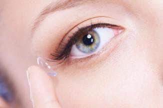 специфика ношения мягких контактных линз