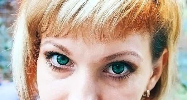 яркие зеленые линзы для глаз