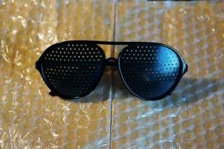 очки в дырочку для улучшения зрения