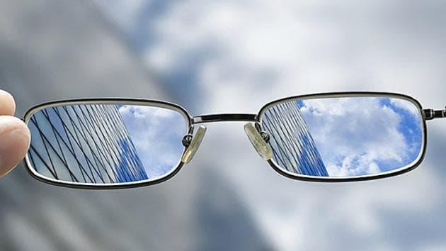 Цилиндрические линзы для очков при астигматизме