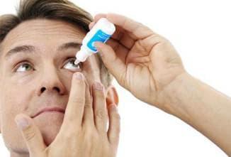 Применение глазных капель при контактных линзах