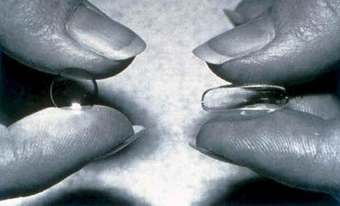 мягкие и жесткие контактные линзы